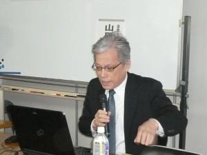 東京・生活者ネット国政フォーラムで講演する山口二郎さん(法政大学教授)